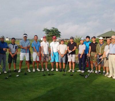 Golfers at Zion Hills